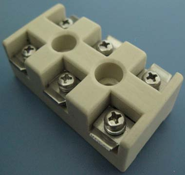 Steatite ceramic socket